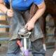 Fotolia / Reinigung und Pflege der Hufe